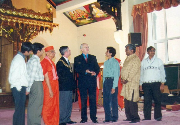 Swaminarayan temple bolton uk. (40)